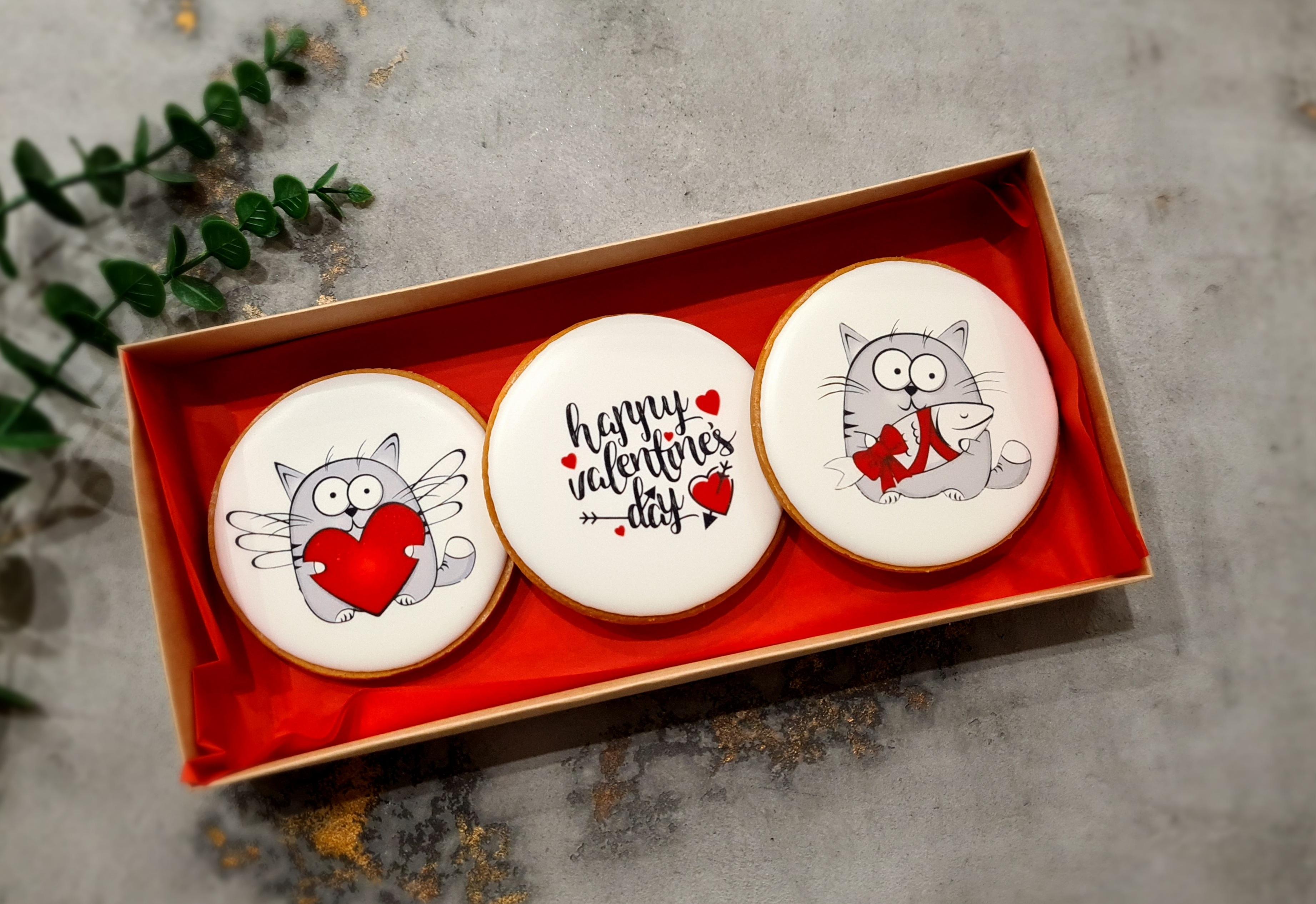 """Dekoruoti imbieriniai sausainiai """"Valentino diena"""""""