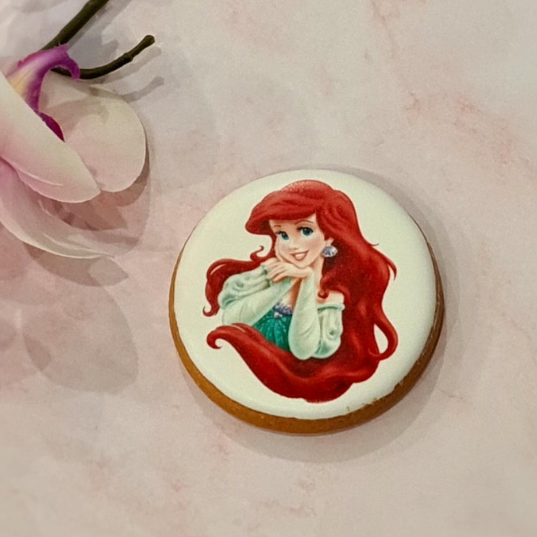 """Dekoruotas imbierinis sausainis """"Arielė"""" 1"""